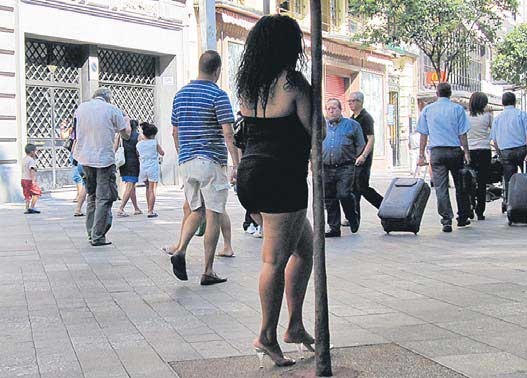 prostitutas haciendo la calle prostitutas catalanas